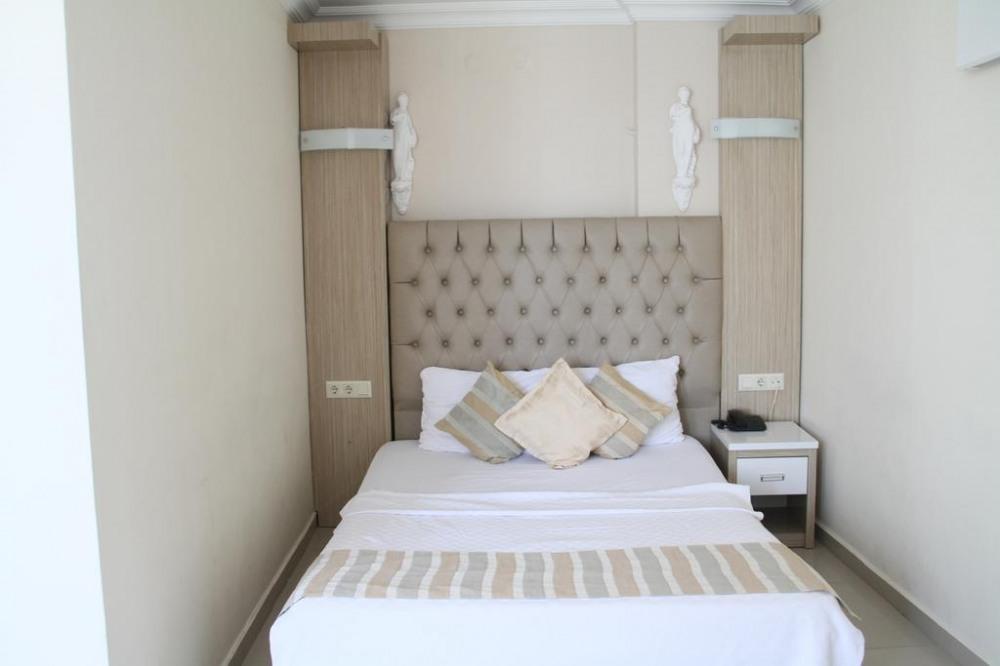 TEMPLE HOTEL 3* - почивка в хотел
