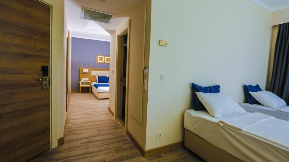 FORTEZZA BEACH RESORT 5* - почивка в хотел