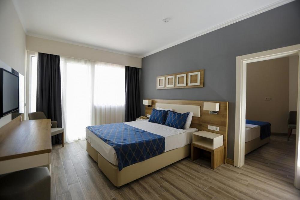 FORTEZZA BEACH RESORT 5* - промоция за почивка в хотел