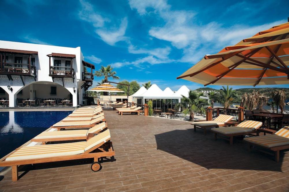 COSTA BITEZHAN BEACH 4* - почивка в хотел на ниски цени