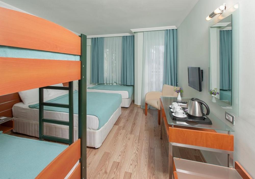 PETUNYA BEACH RESORT 4* - почивка в хотел на ниски цени