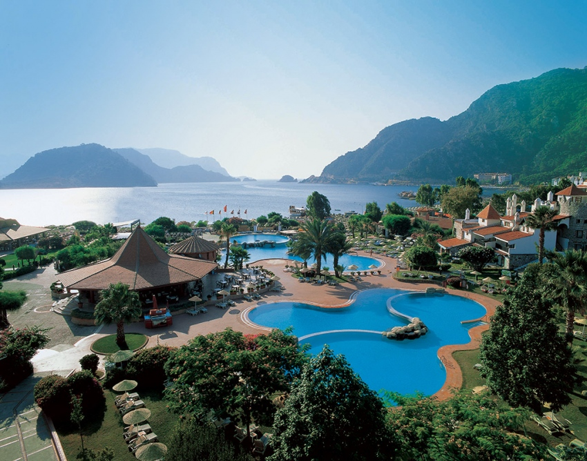 MARTI RESORT 5* - екзотични екскурзии и почивки в хотел