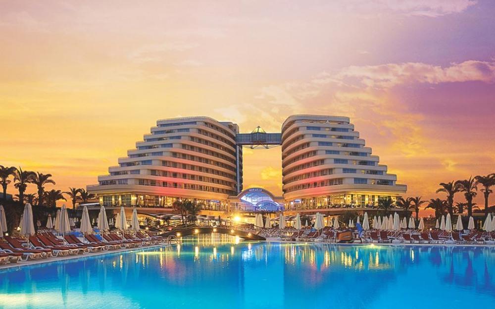 MIRACLE RESORT HOTEL 5* - екзотични екскурзии и почивки в хотел
