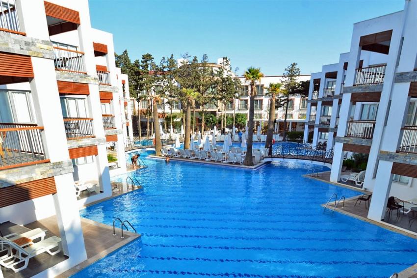 MIO BIANCO HOTEL 4* - екзотични екскурзии и почивки в хотел