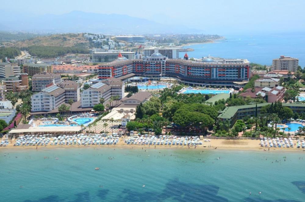 LONICERA WORLD 4* - екзотични екскурзии и почивки в хотел