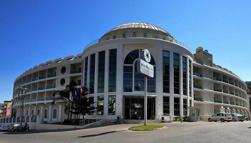 PINETA PARK DELUXE 4 * - екзотични екскурзии и почивки в хотел