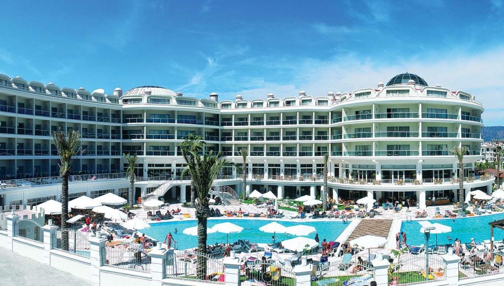 PINETA PARK DELUXE 4 * - промоция за почивка в хотел