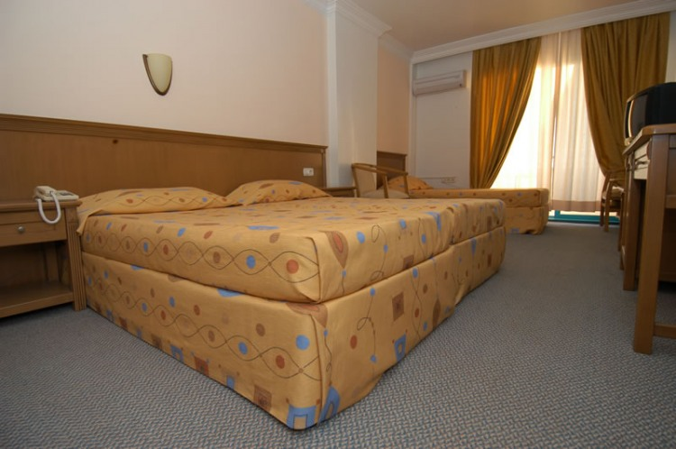CLUB HOTEL MIRABELL - 4* - евтини екскурзии