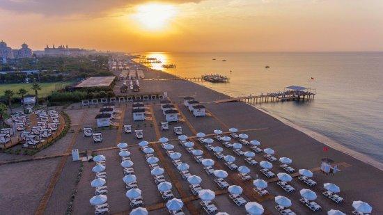 Ранни записвания Лара - Лято 2019 Комбинирана програма със 7 нощувки - тръгване с автобус от София, връщане със самолет