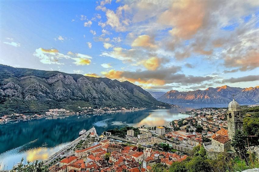 Майски празници в Будва,Черна гора с полет от София на 29.04.2019 с 4 нощувки