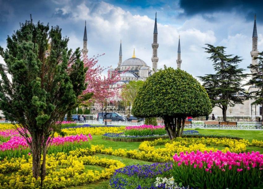 Мартенски празници 2019 в Истанбул 3 нощувки с посещение на Църквата на първото число